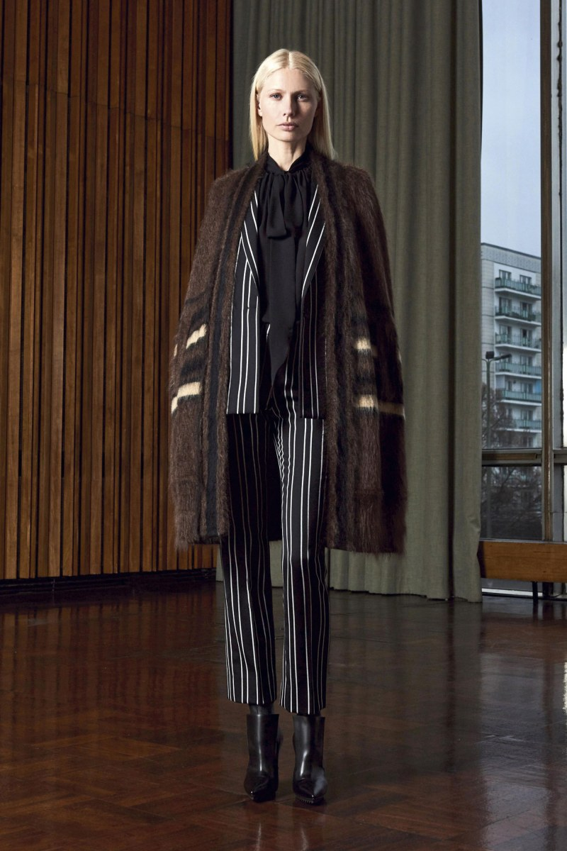 Givenchy Pre-Fall 2016 Lookbook (4)
