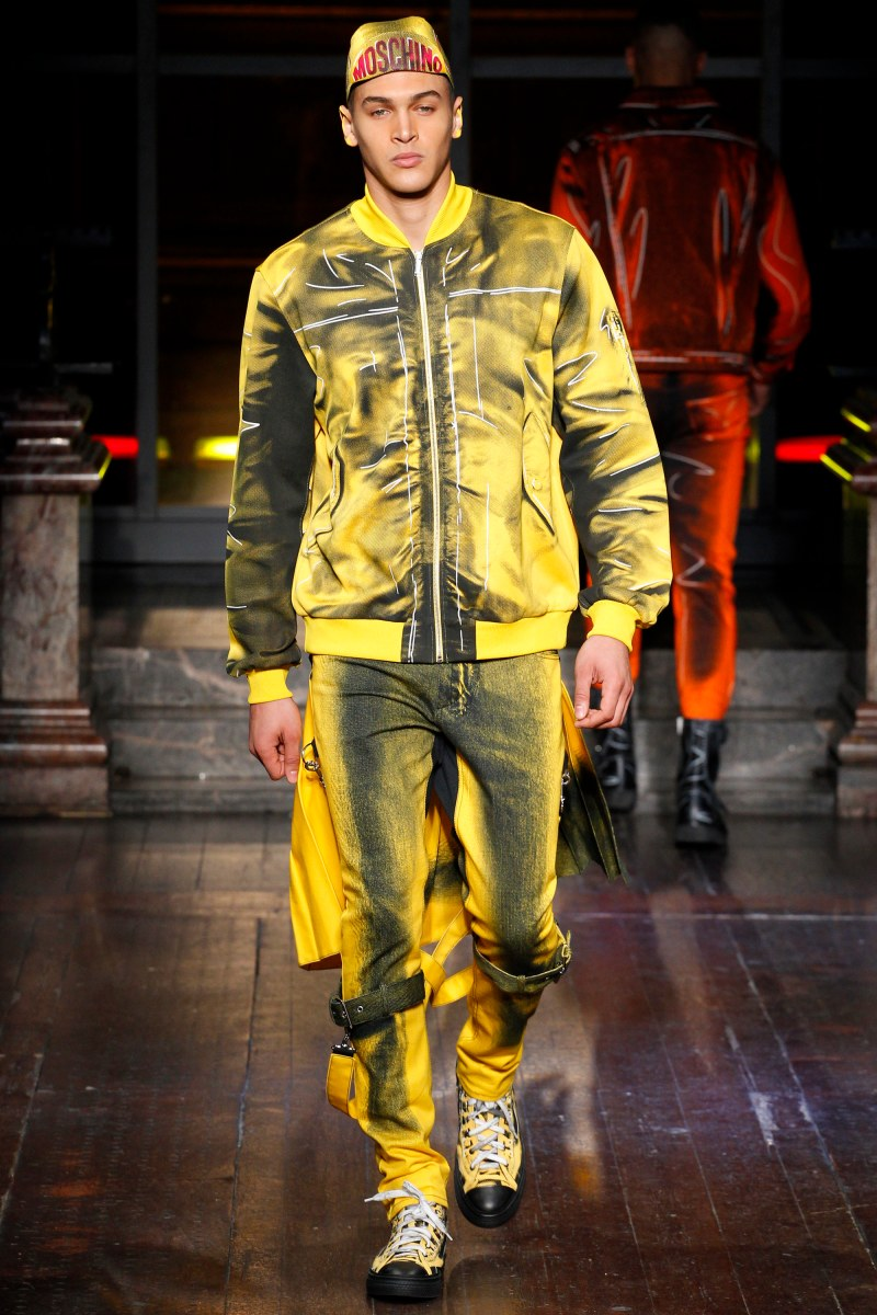 Moschino Menswear FW 2016 London (11)