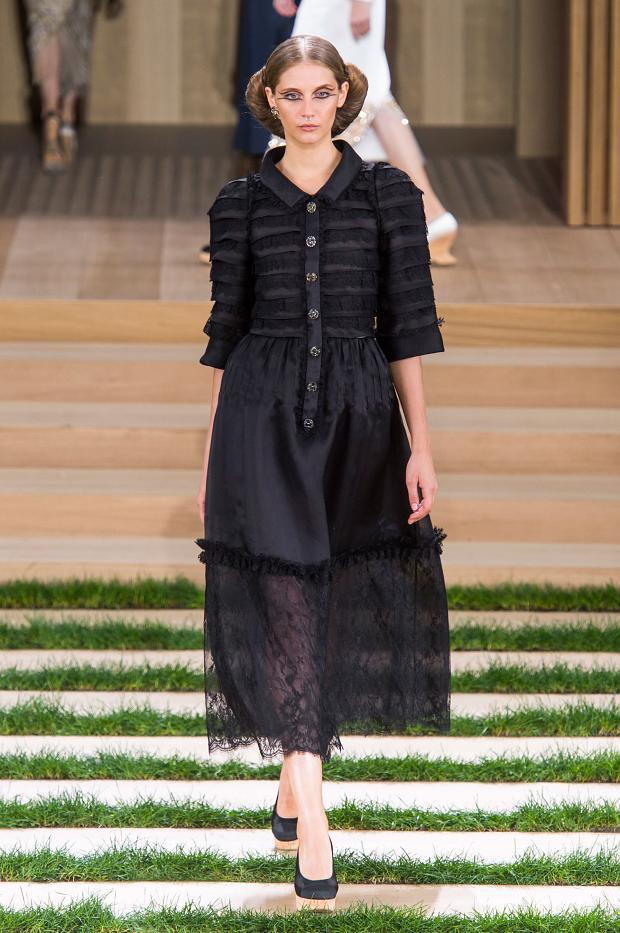 chanel-haute-couture-spring-2016-pfw35