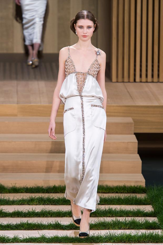 chanel-haute-couture-spring-2016-pfw60