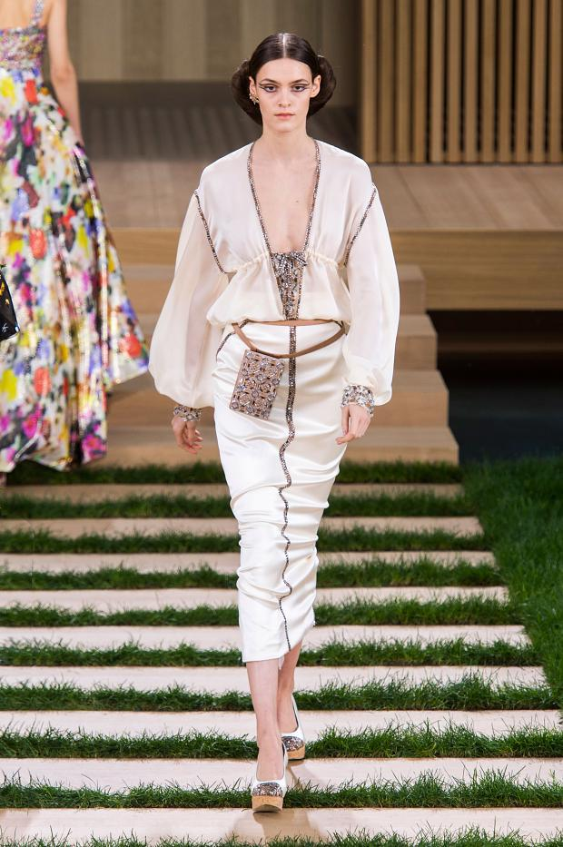 chanel-haute-couture-spring-2016-pfw62