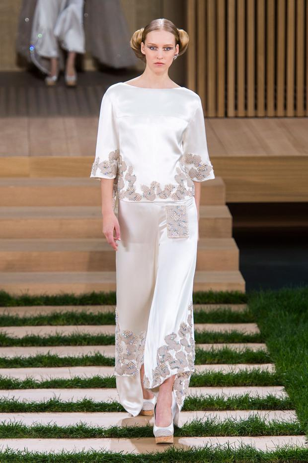 chanel-haute-couture-spring-2016-pfw63