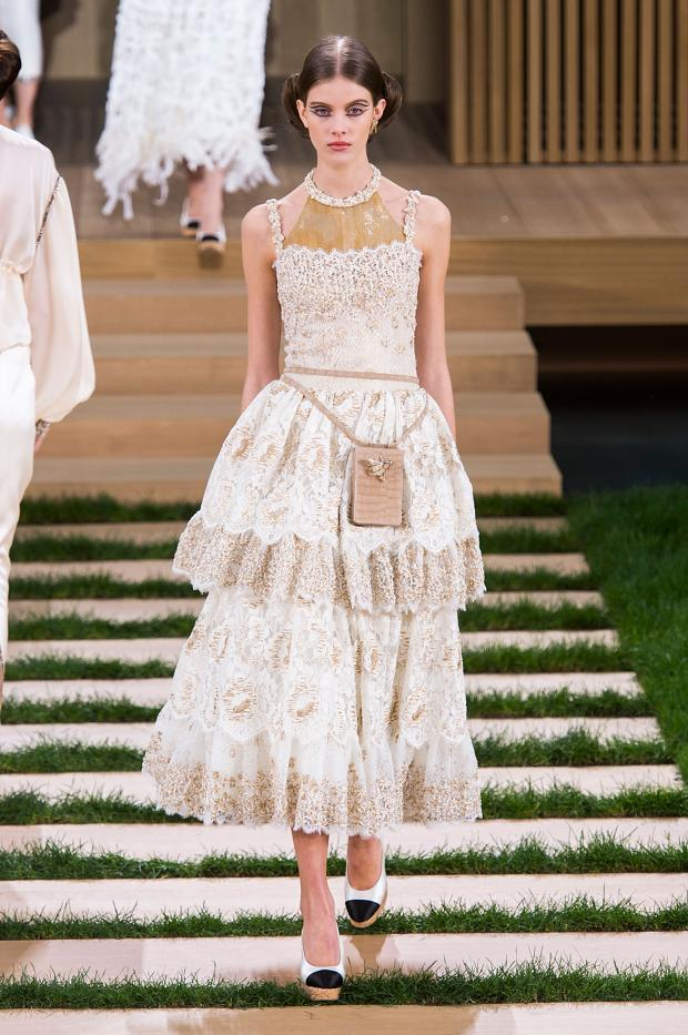 chanel-haute-couture-spring-2016-pfw75