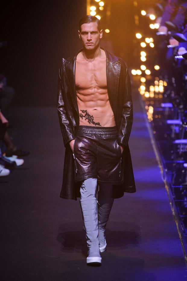 dirk-bikkembergs-autumn-fall-winter-2016-mfw24