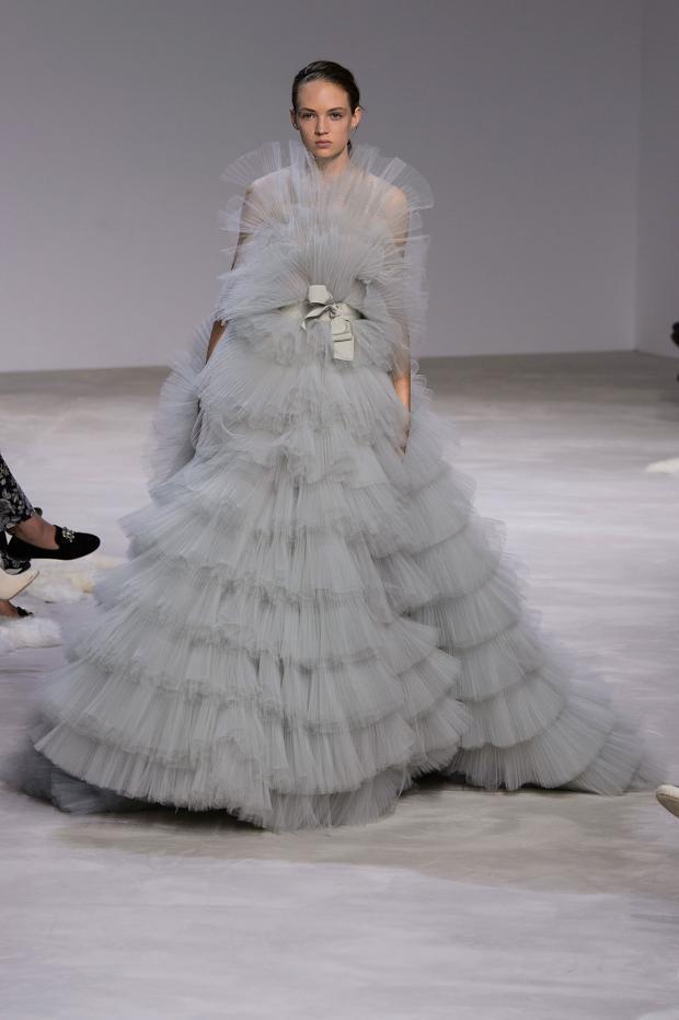 giambattista-valli-haute-couture-spring-2016-pfw43
