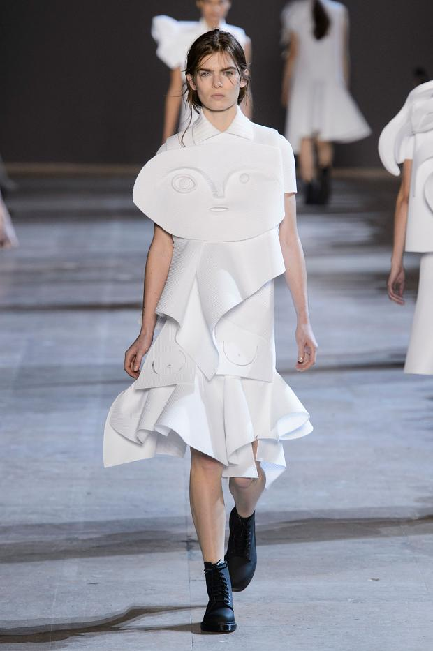 viktorrolf-haute-couture-spring-2016-pfw10