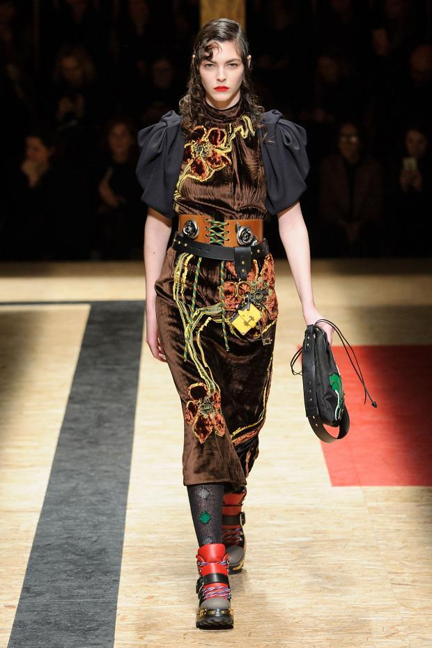 Prada Autumn Ready to Wear FW 2016 MFW (14)