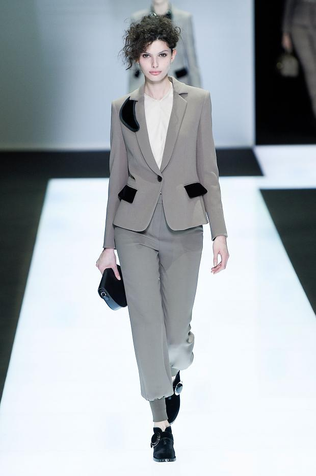 giorgio-armani-autumn-fall-winter-2016-mfw13