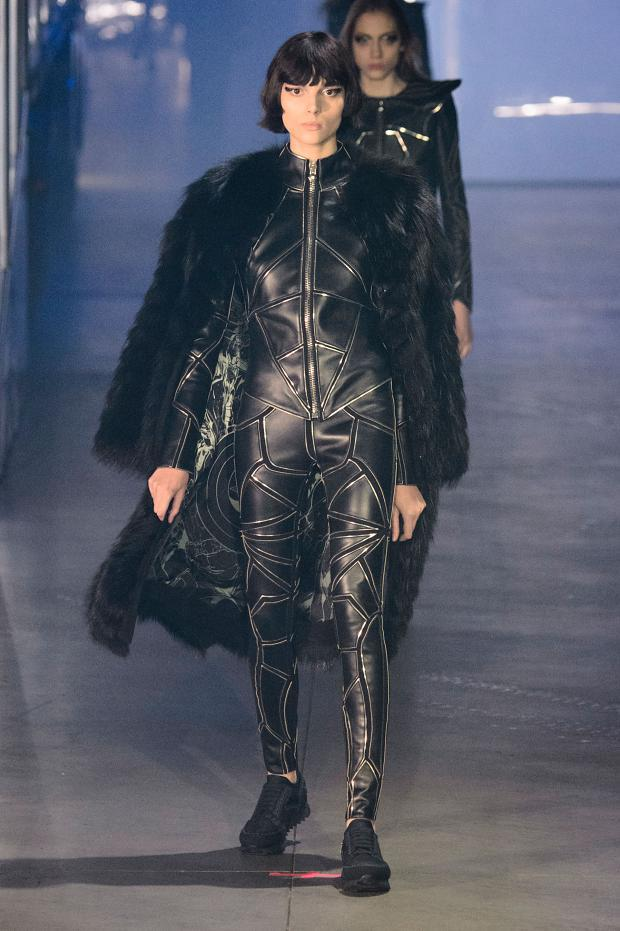 philipp-plein-autumn-fall-winter-2016-mfw11