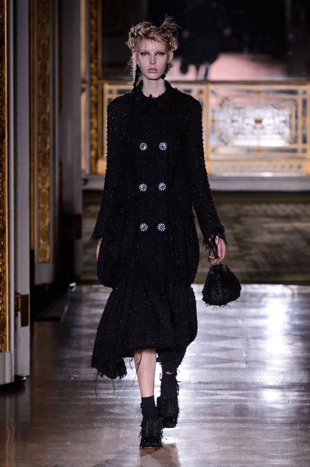 simone-rocha-autumn-fall-winter-2016-lfw15
