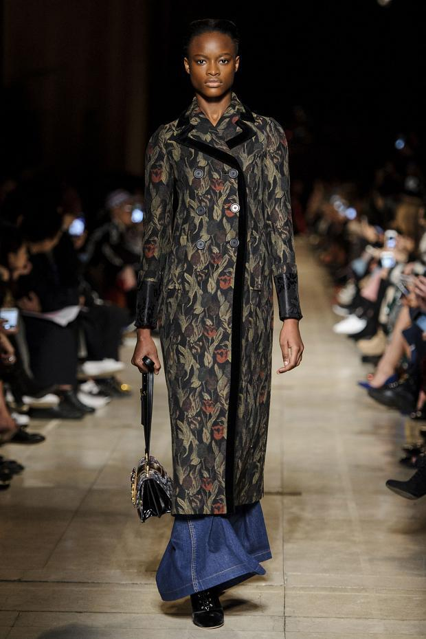 miu-miu-autumn-fall-winter-2016-pfw10