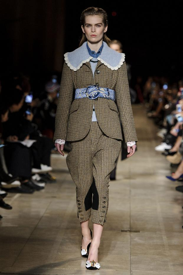 miu-miu-autumn-fall-winter-2016-pfw28