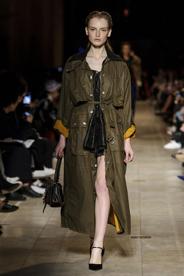 miu-miu-autumn-fall-winter-2016-pfw36