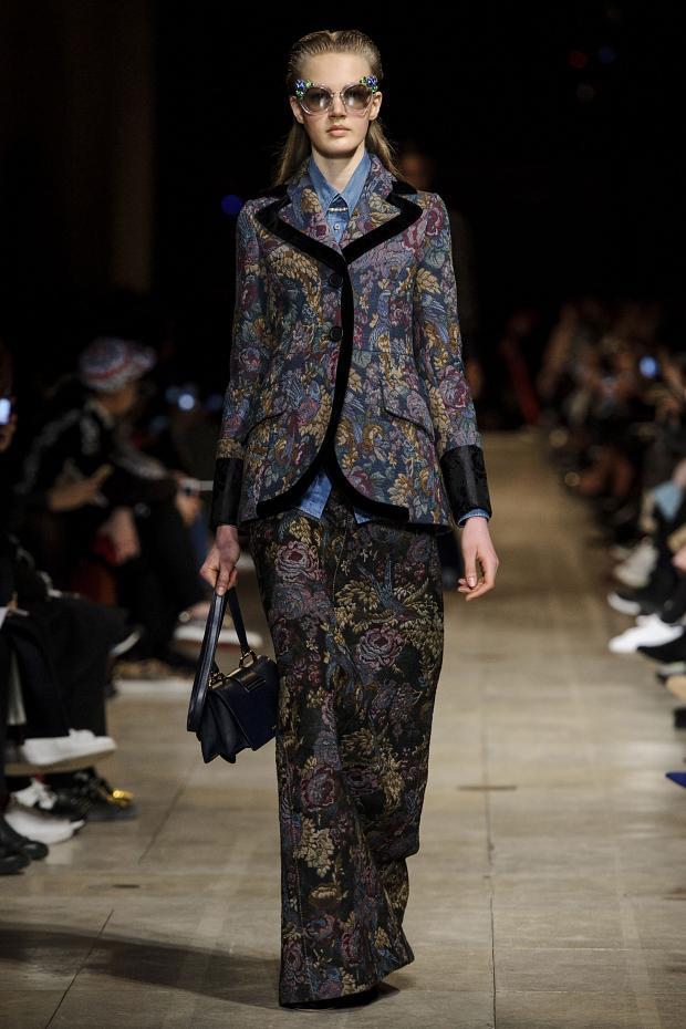 miu-miu-autumn-fall-winter-2016-pfw9