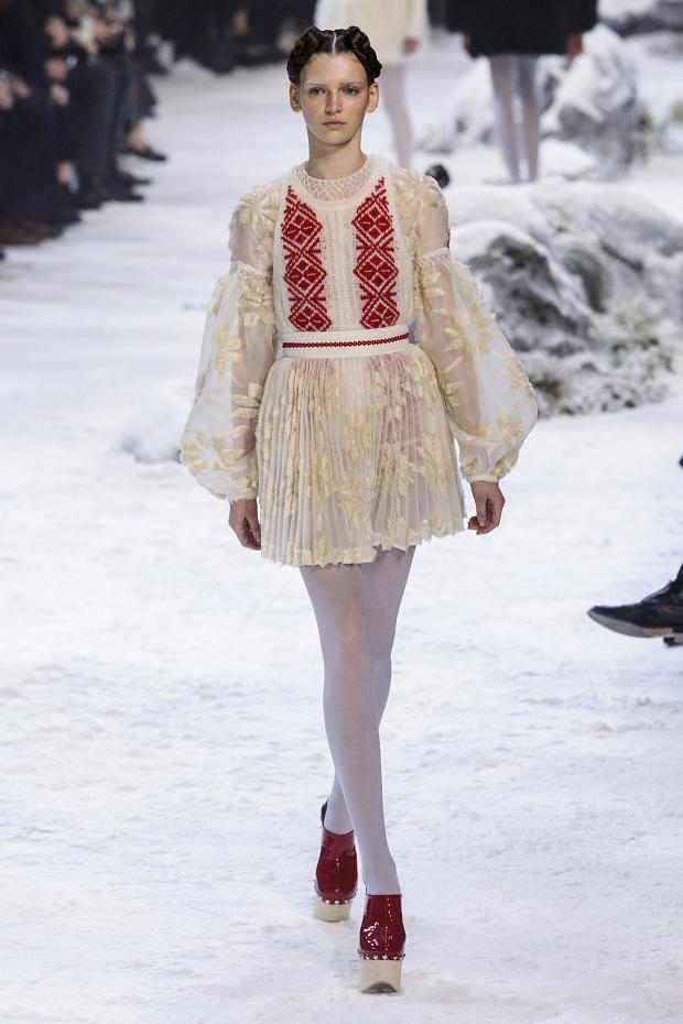 moncler-gamme-rouge-autumn-fall-winter-2016-pfw16