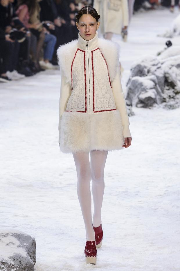 moncler-gamme-rouge-autumn-fall-winter-2016-pfw17