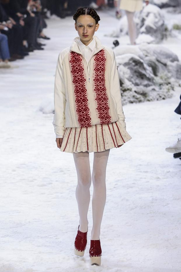 moncler-gamme-rouge-autumn-fall-winter-2016-pfw26