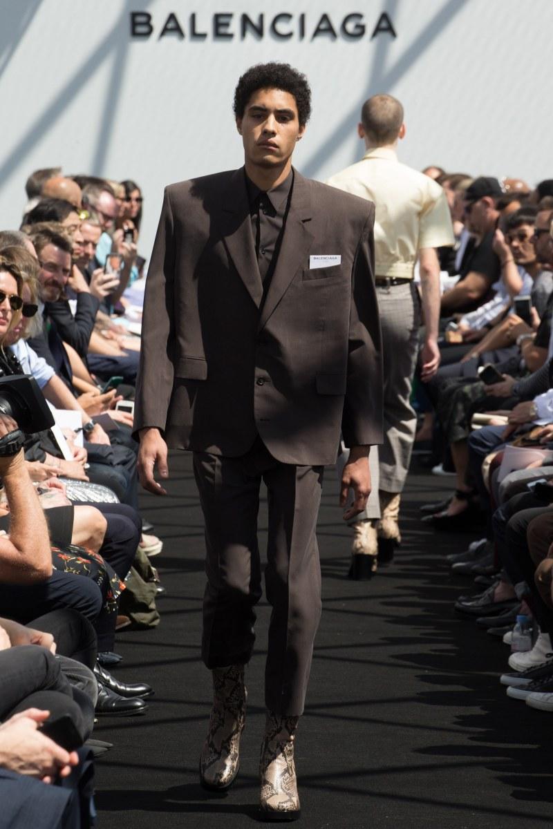 Balenciaga Menswear SS 2017 Paris (11)