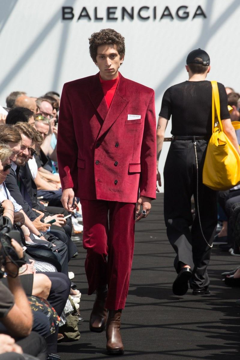 Balenciaga Menswear SS 2017 Paris (23)
