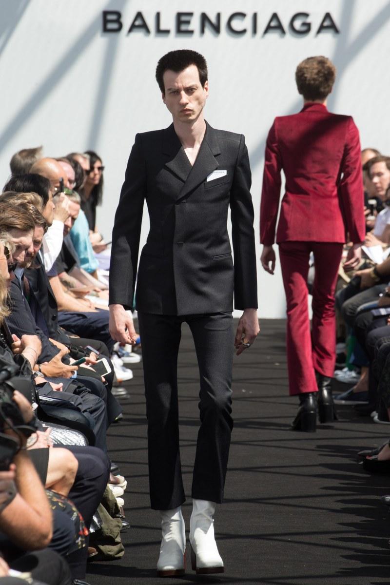 Balenciaga Menswear SS 2017 Paris (26)