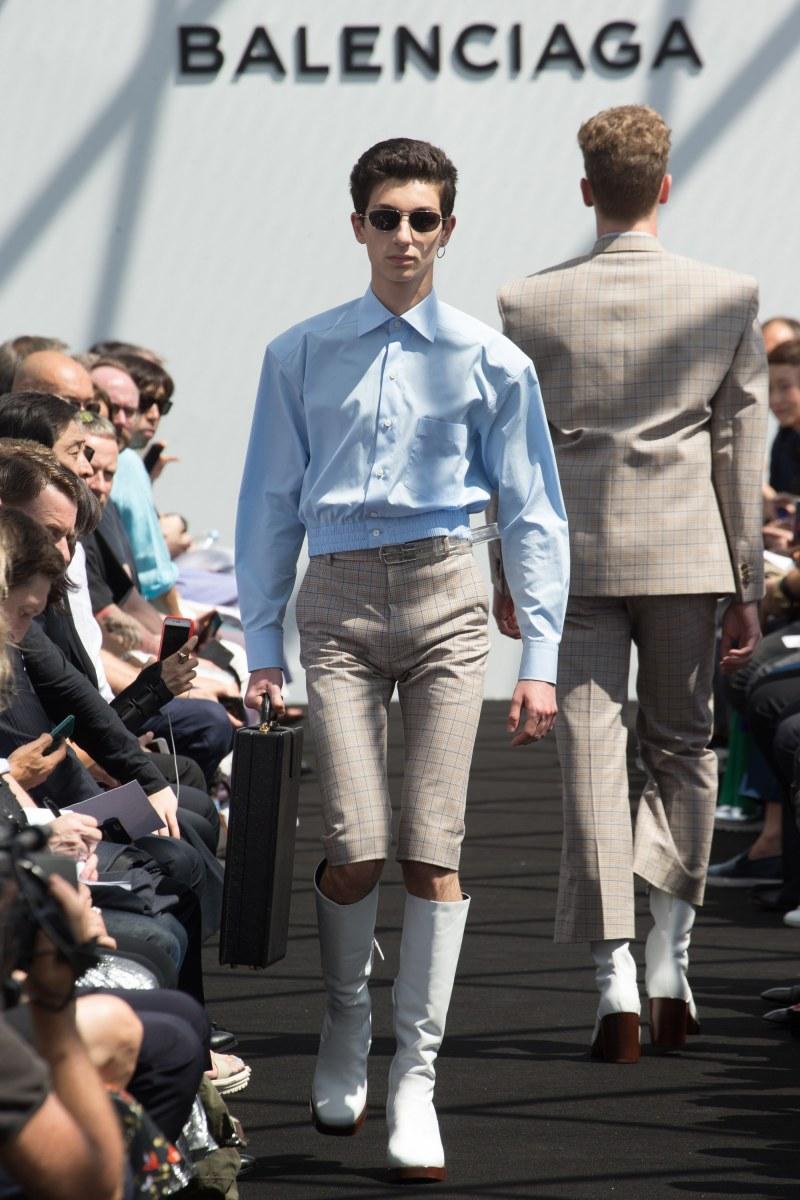 Balenciaga Menswear SS 2017 Paris (6)