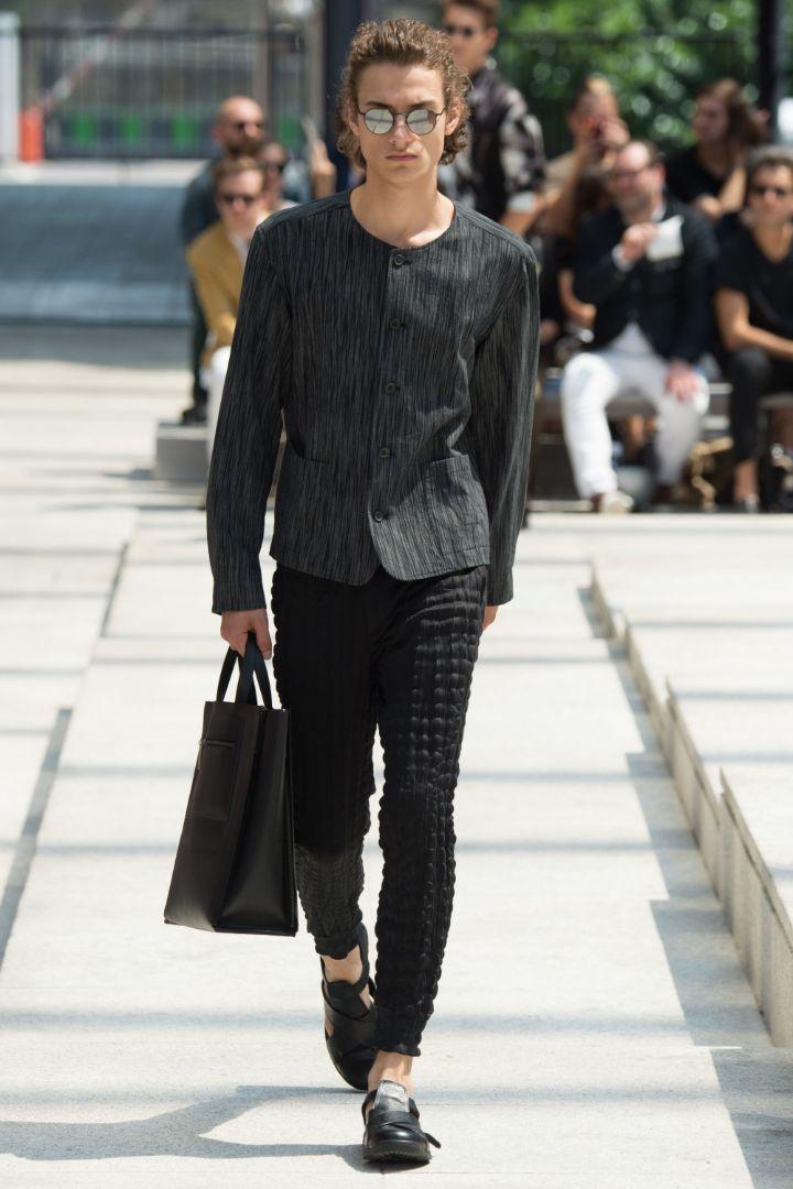 Issey Miyake Menswear SS 2017 Paris (16)