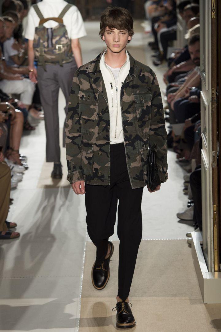 Valentino Menswear SS 2016 Paris (11)