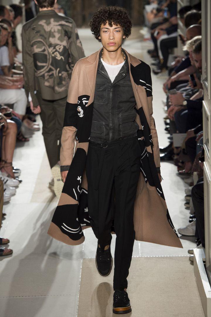 Valentino Menswear SS 2016 Paris (15)
