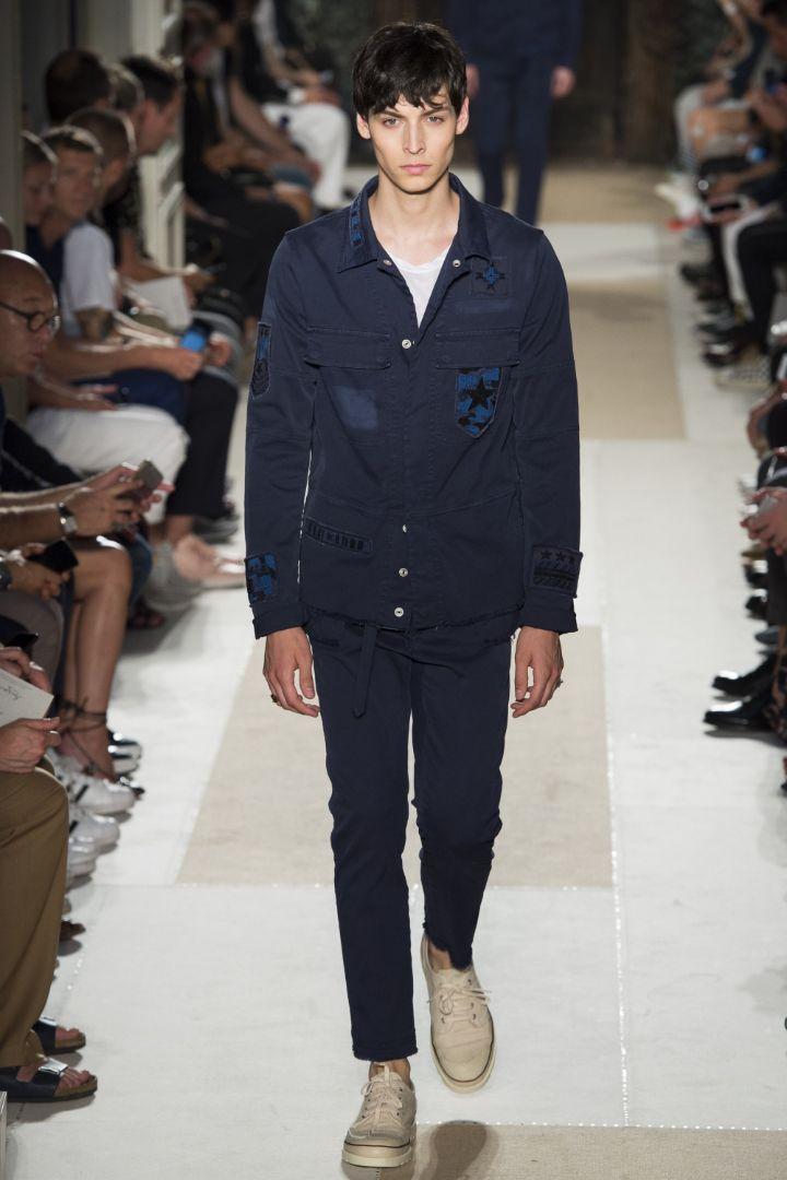 Valentino Menswear SS 2016 Paris (39)