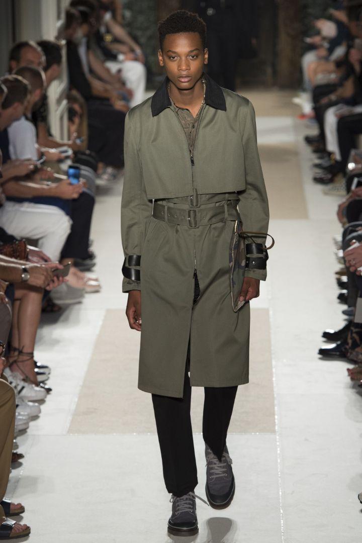 Valentino Menswear SS 2016 Paris (44)