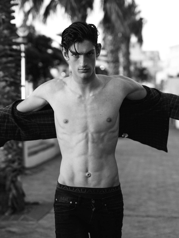 Aaron Shandel by Oliver Sutton (4)