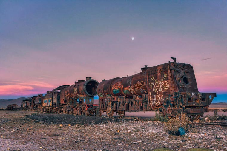Abandoned Trains in Bolivia by Chris Staring (21)