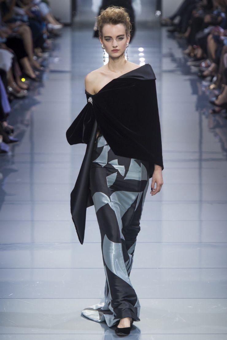 Armani Priv+¬ Haute Couture FW 2016 Paris (37)