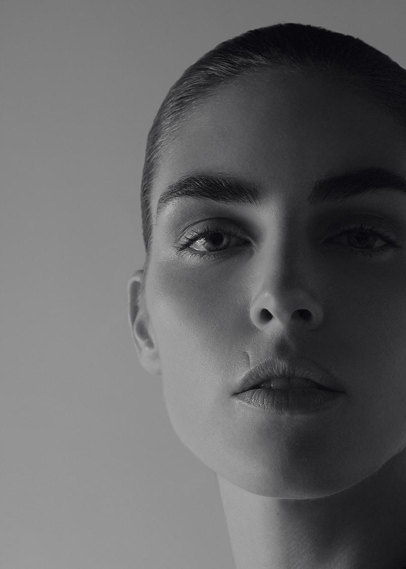 Hilary Rhoda by Liam Warwick (1)