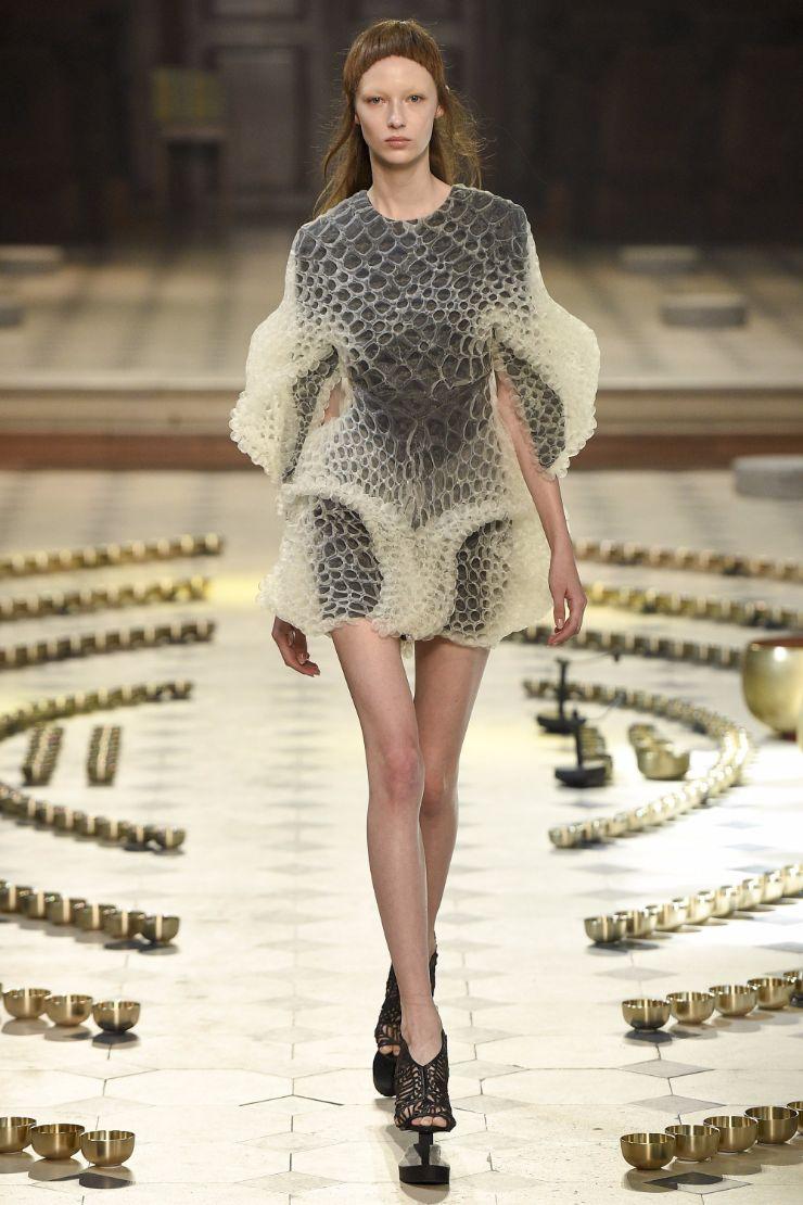 Iris van Herpen Haute Couture FW 2016 Paris (5)