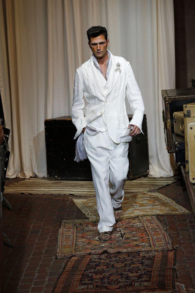 Joseph Abboud Menswear SS 2017 NYFW (1)