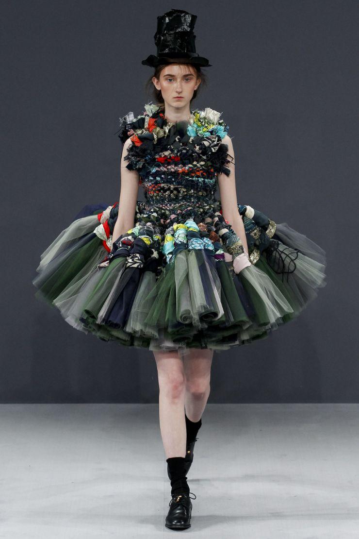 Viktor & Rolf Haute Couture FW 2016 Paris (30)