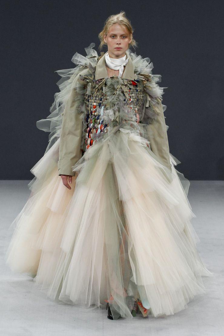 Viktor & Rolf Haute Couture FW 2016 Paris (38)
