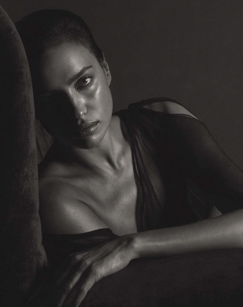 Irina Shayk by Mario Sorrenti (3)