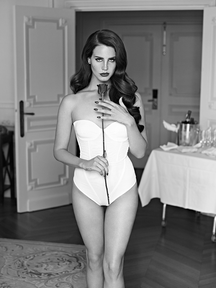 mariano_vivanco_portraits_nudes_flowers-32