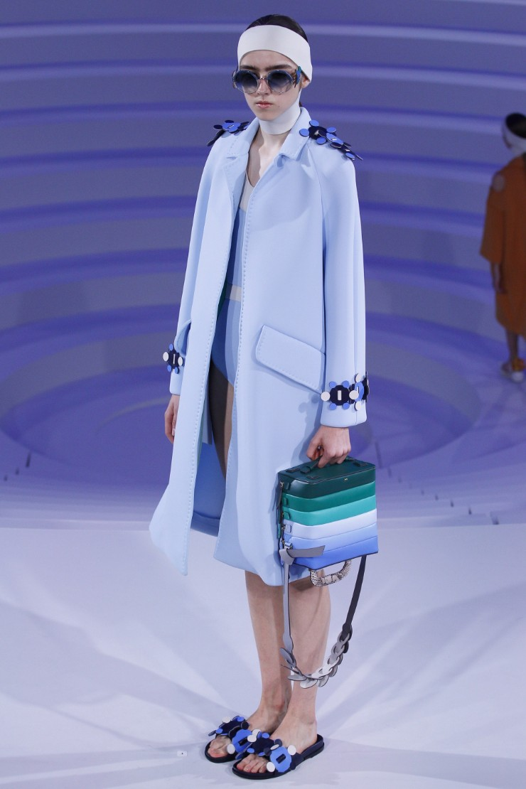 anya-hindmarch-ready-to-wear-ss-2017-lfw-32