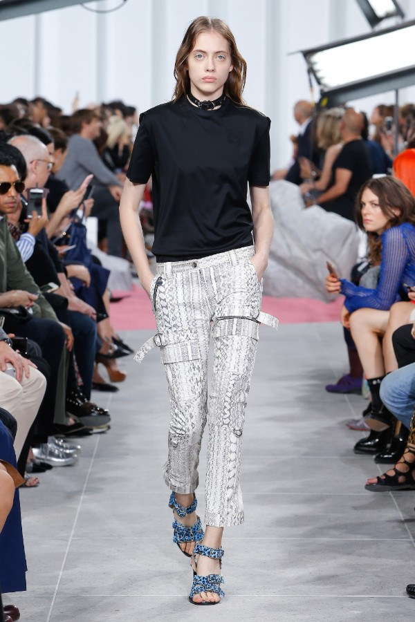 carven-ready-to-wear-ss-2017-pfw-18