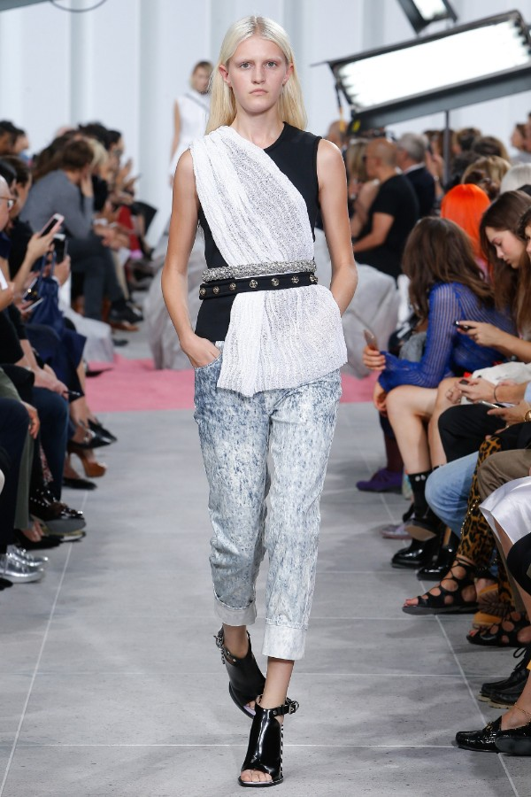 carven-ready-to-wear-ss-2017-pfw-21