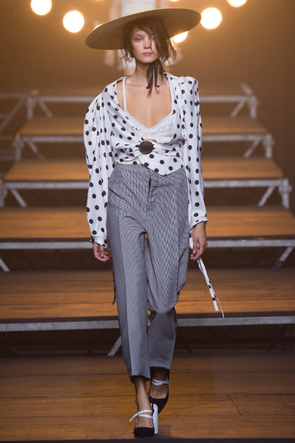 jacquemus-ready-to-wear-ss-2017-pfw-19