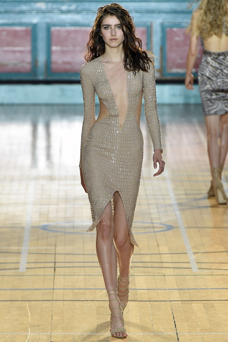 julien-macdonald-ready-to-wear-ss-2017-lfw-24