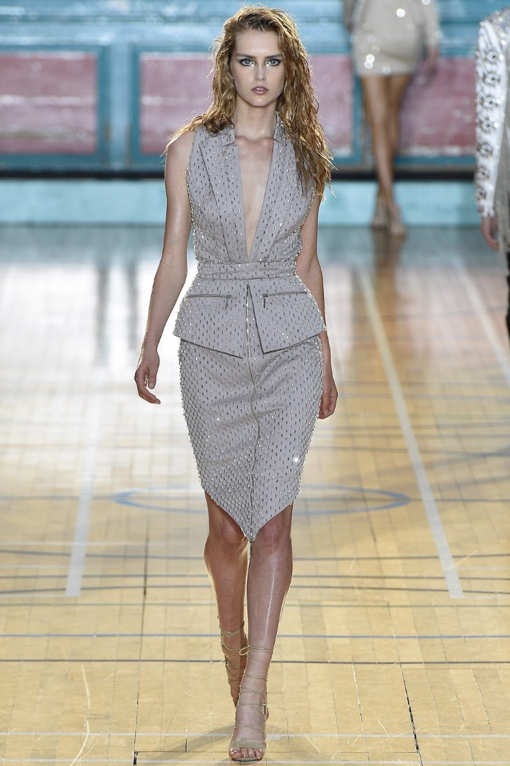 julien-macdonald-ready-to-wear-ss-2017-lfw-7