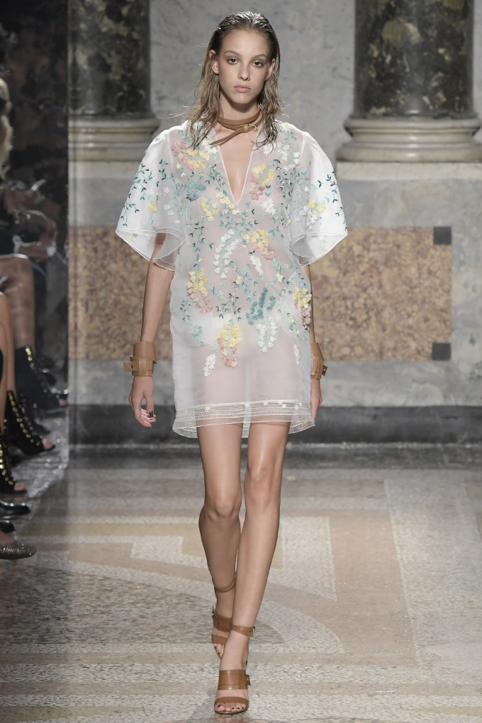 les-copains-ready-to-wear-ss-2017-mfw-23