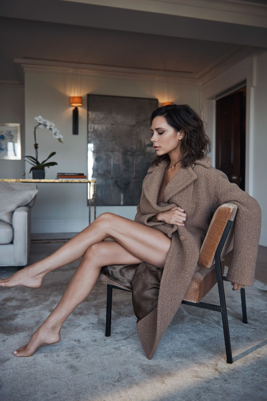 victoria-beckham-by-lachlan-bailey-2