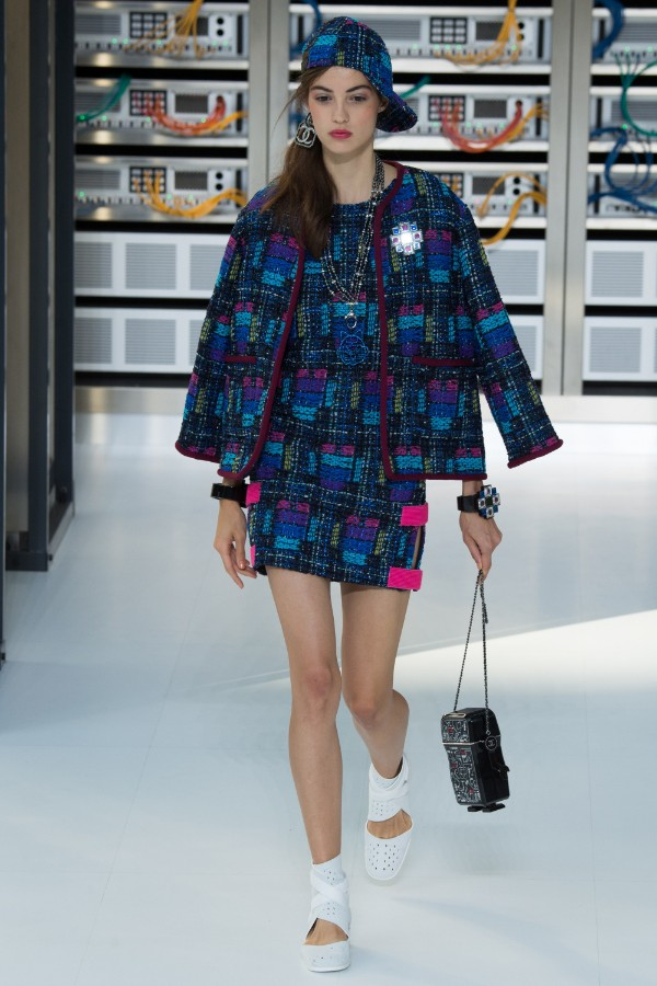 chanel-ready-to-wear-ss-2017-pfw-17