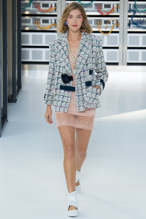 chanel-ready-to-wear-ss-2017-pfw-3
